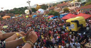 Programação oficial do carnaval de Apodi se estendeu até a manhã de hoje Foto: Clistenes Carlos