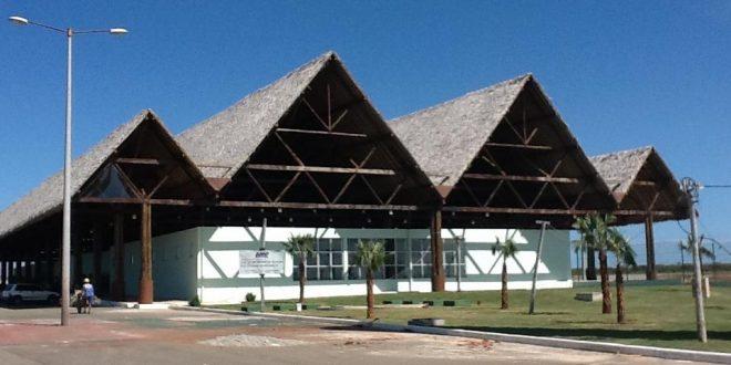Aeroporto de Aracati recebe unidade de apoio regional da TAM