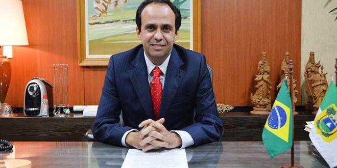 Fábio Dantas estará à frente do Executivo até 1º de março (Foto: Aline Bezerra)